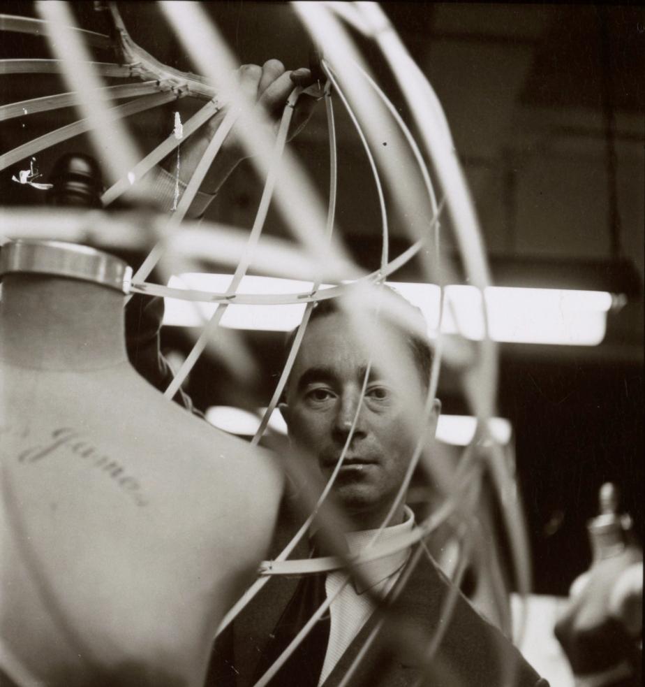 1.CharlesJamesbyMichaelVaccaro,1952