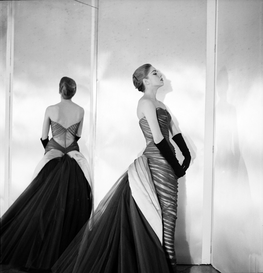 4.CharlesJamesButterflyGown,CecilBeaton,1954