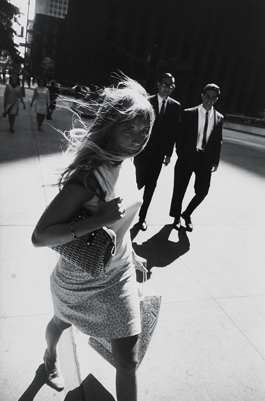 11._New_York,_1965_Winogrand